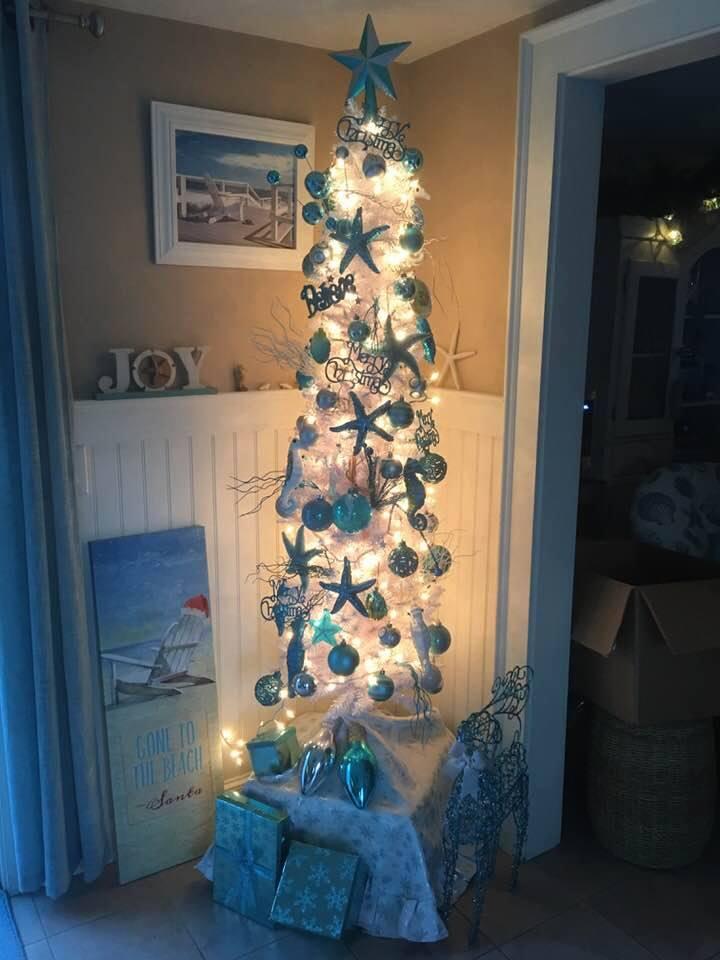 Amazing Coastal Christmas Trees Caron S Beach House